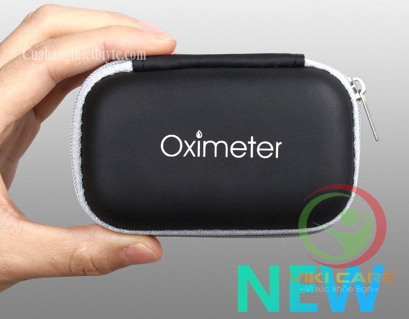 máy đo nhịp tim và nồng độ oxy trong máu